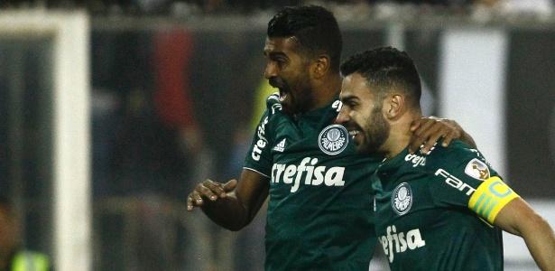Bruno Henrique comemora gol que abriu o placar para o Palmeiras - Marcelo Hernandez/Getty Images
