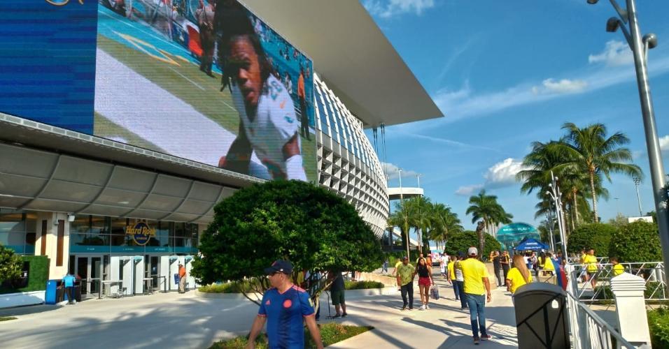 Brasileiros e colombianos dividem esquenta para amistoso em Miami