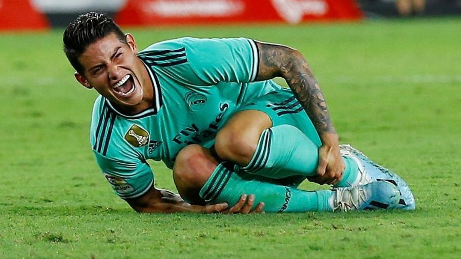 James Rodriguez, do Real Madrid, sofreu uma entorse no ligamento do joelho - MARCELO DEL POZO/Reuters