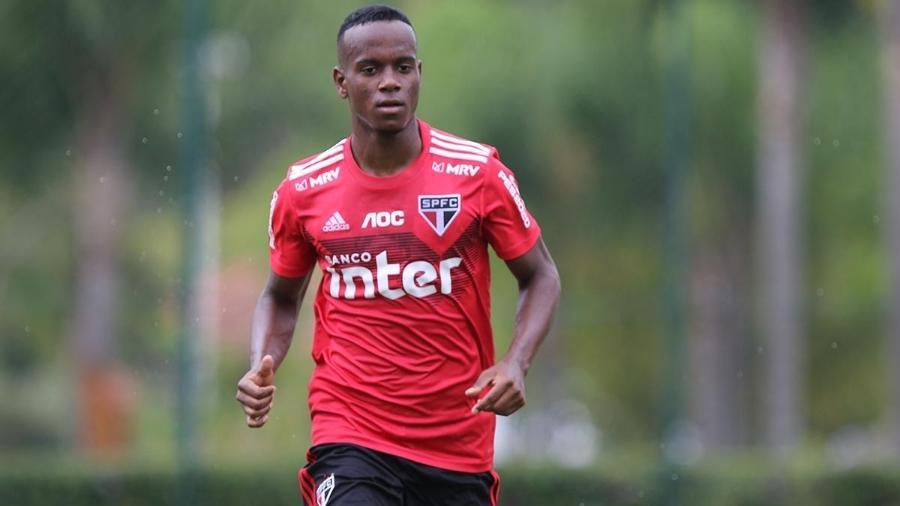 Helinho havia sido cedido, inicialmente, por empréstimo ao time de Bragança Paulista, em novembro passado - Rubens Chiri / saopaulofc.net
