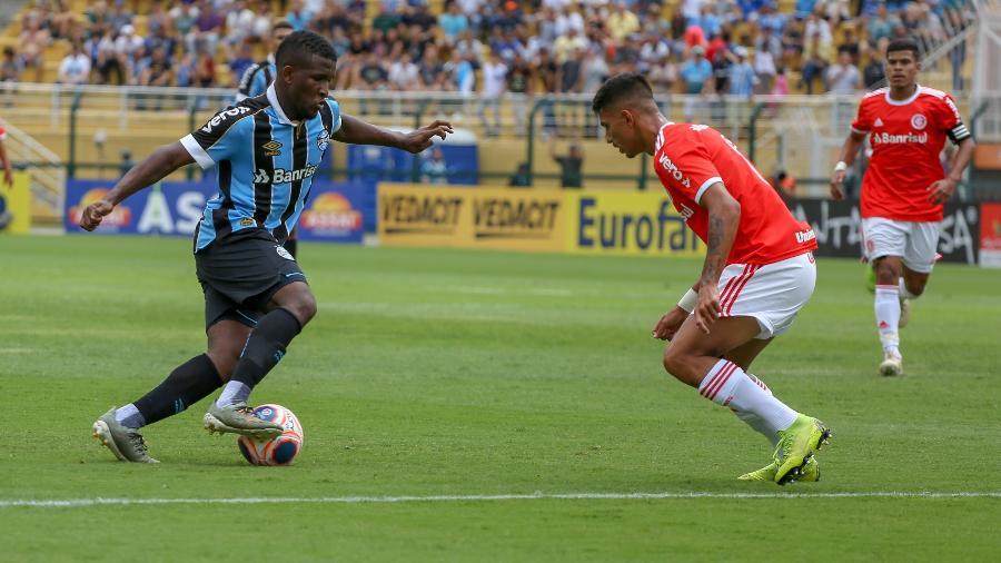 Elias, jogador do Grêmio, durante a final da Copa São Paulo - Guilherme Rodrigues/GR Press