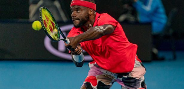 Tiafoe sente falta de diversidade no tênis e faz campanha antirracista