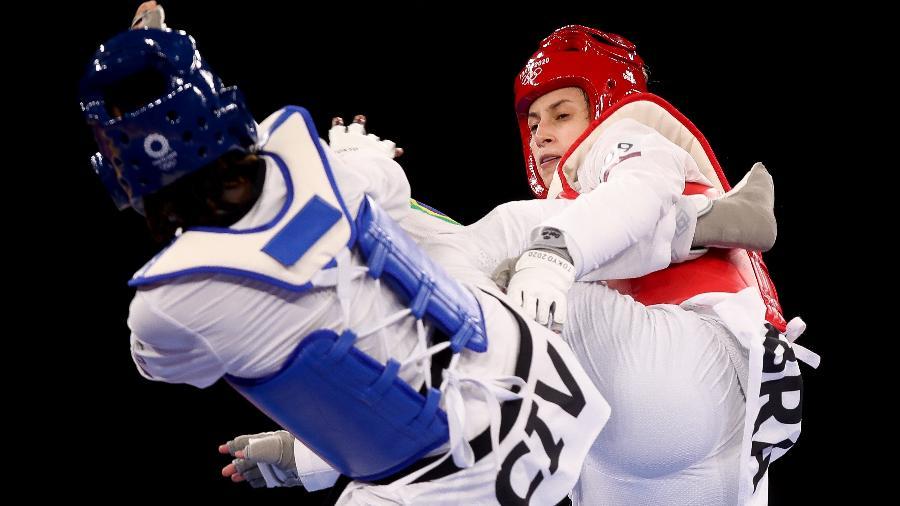 Milena Titoneli, do Brasil, disputou com a marfinense Ruth Gbagbi o bronze do taekwondo feminino, categoria até 76kg, dos Jogos Olímpicos de Tóquio - Gaspar Nóbrega/COB