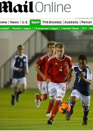 Karamoko Dembele tem 13 anos e fez sua estreia defendendo a seleção sub-16 da Escócia