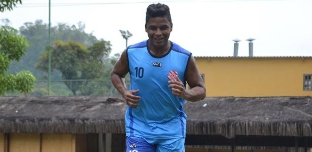 Almir, meia ex-Flamengo e Botafogo, jogará o Campeonato Carioca pelo Bangu