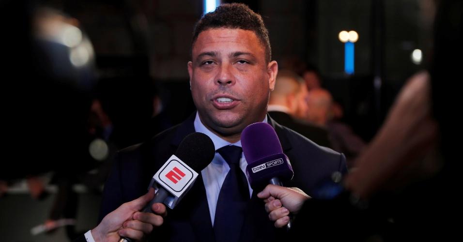 Ronaldo concede entrevista antes de premiação da Fifa em Londres