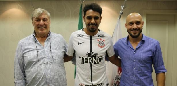 Júnior Dutra, de 29 anos, assinou contrato de dois anos com o Corinthians
