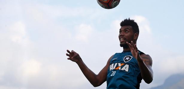 Reforço, Marcelo já vinha treinando com os novos companheiros desde a última semana