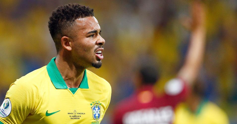 Gabriel Jesus lamenta após ter gol anulado durante Brasil x Venezuela