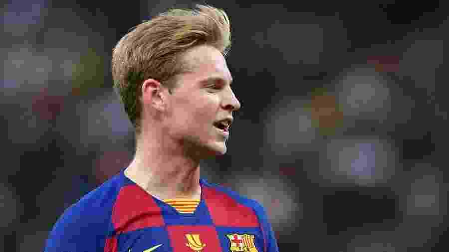 Frenkie De Jong com a camisa do Barcelona - Waleed Ali/Reuters