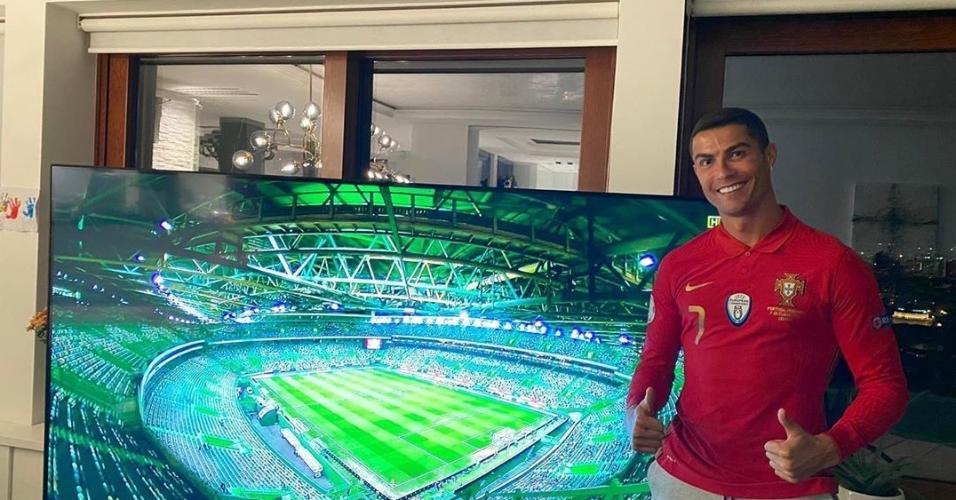 Cristiano Ronaldo assiste partida de Portugal na Liga das Nações