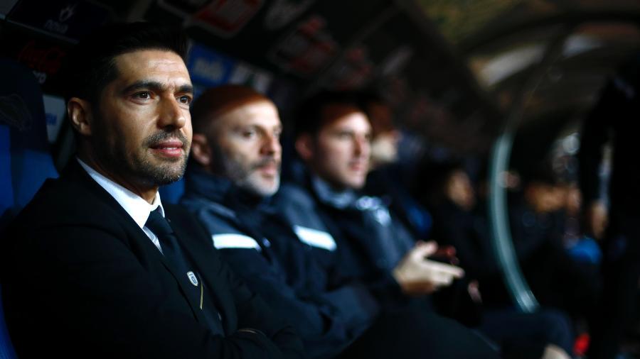 Abel Ferreira, técnico do PAOK, durante partida contra o Panathinaikos em fevereiro de 2020 - Vladimir Rys Photography/Getty Images