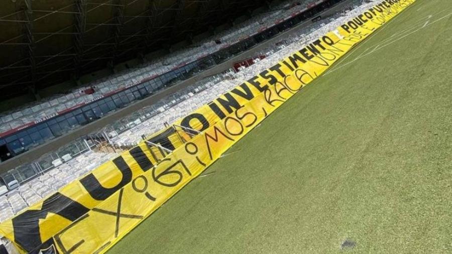 Torcida organizada do Galo protesta contra os resultados ruins e recentes do time no Brasileirão - Reprodução