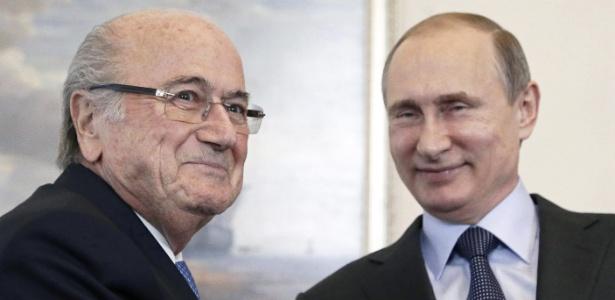 Blatter aguarda convite de Putin para ver jogos do Mundial, mesmo com veto da Fifa  - EFE/EPA/MAXIM SHIPENKOV