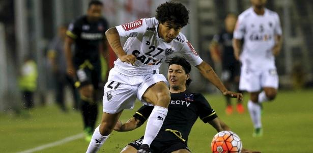 Luan lamentou bastante a atuação do Atlético-MG no primeiro tempo contra o Independiente Del Valle