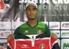Meia Pereira é oficialmente apresentado pelo Santa Cruz - Jamil Gomes/Santa Cruz