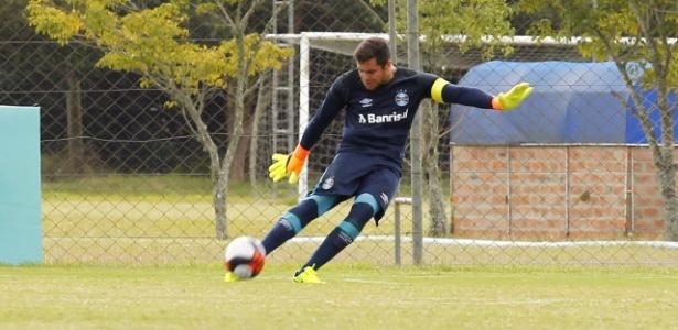 d846b871c410f Goleiro do Grêmio é convocado e vibra com estreia na seleção sub-20 ...