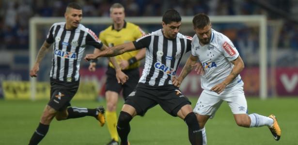 Empolgado, Cruzeiro esquece o Corinthians e quer tirar a atual vice-liderança do Santos
