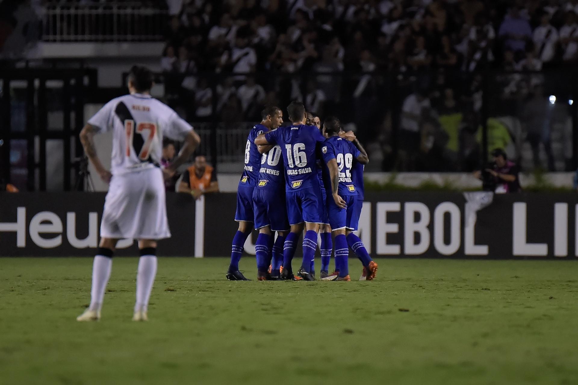 Cruzeiro goleia e elimina Vasco da Libertadores em São Januário -  02 05 2018 - UOL Esporte 54d6cc4a107ac