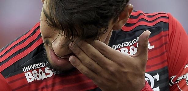 Lucas Paquetá se emociona na despedida do Flamengo, seu clube de coração