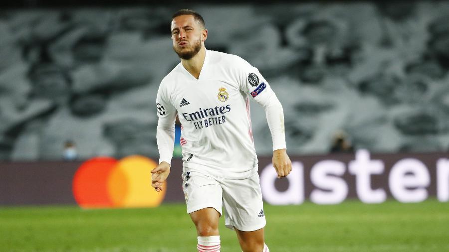 Eden Hazard vive mais um problema físico com a camisa do Real Madrid - REUTERS/Juan Medina