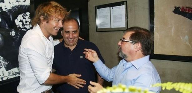 Marco Aurélio Cunha quer dar mais poderes para Diego Lugano no time