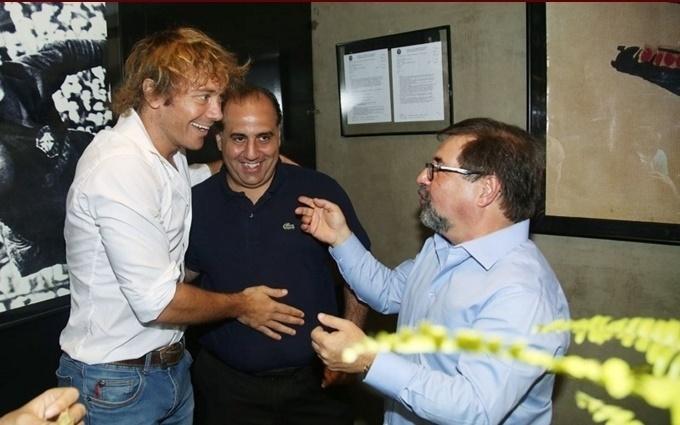 Zagueiro Lugano, que tem retorno para o São Paulo especulado pela imprensa, esteve no almoço em homenagem a Ceni, e encontrou Marco Aurélio Cunha