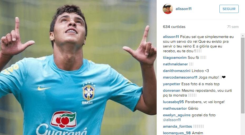 Alisson Farias, do Internacional, durante jogo-treino com a seleção brasileira