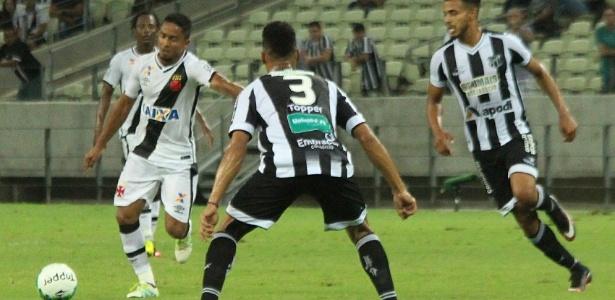 Jorge Henrique tenta arremate durante empate contra o Ceará
