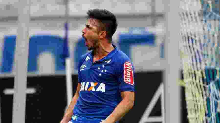 Willian trocou o Cruzeiro pelo Palmeiras, seu atual clube - Washington Alves/Light Press/Cruzeiro
