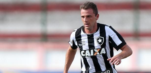 Montillo exaltou postura do Botafogo fora de casa contra o Colo Colo