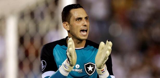 Gatito Fernández foi o herói da classificação do Botafogo na Libertadores - REUTERS/Jorge Adorno