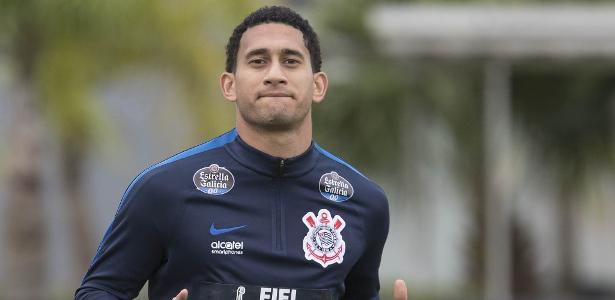 Pablo voltou aos treinos com bola nesta quarta-feira