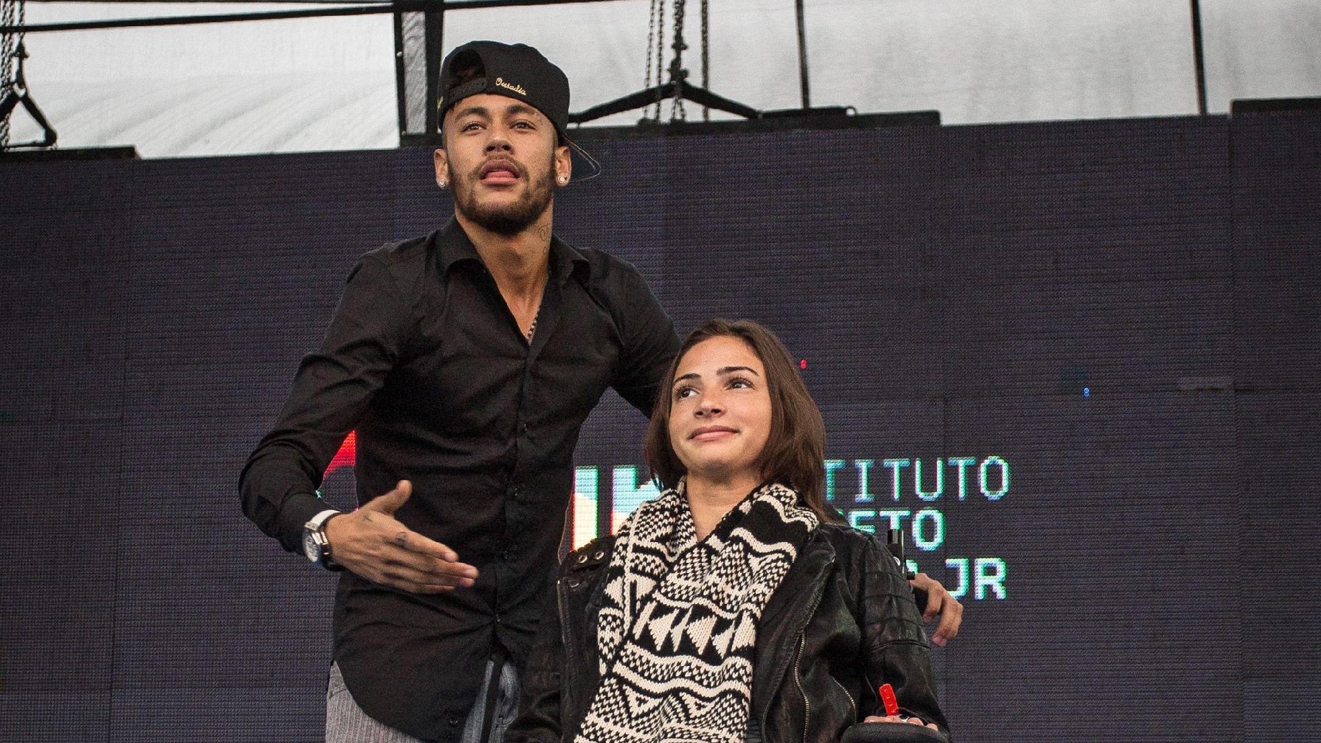 Lais Souza e Neymar
