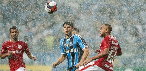 Inter e Grêmio voltam a se enfrentar no domingo após um ano sem clássico