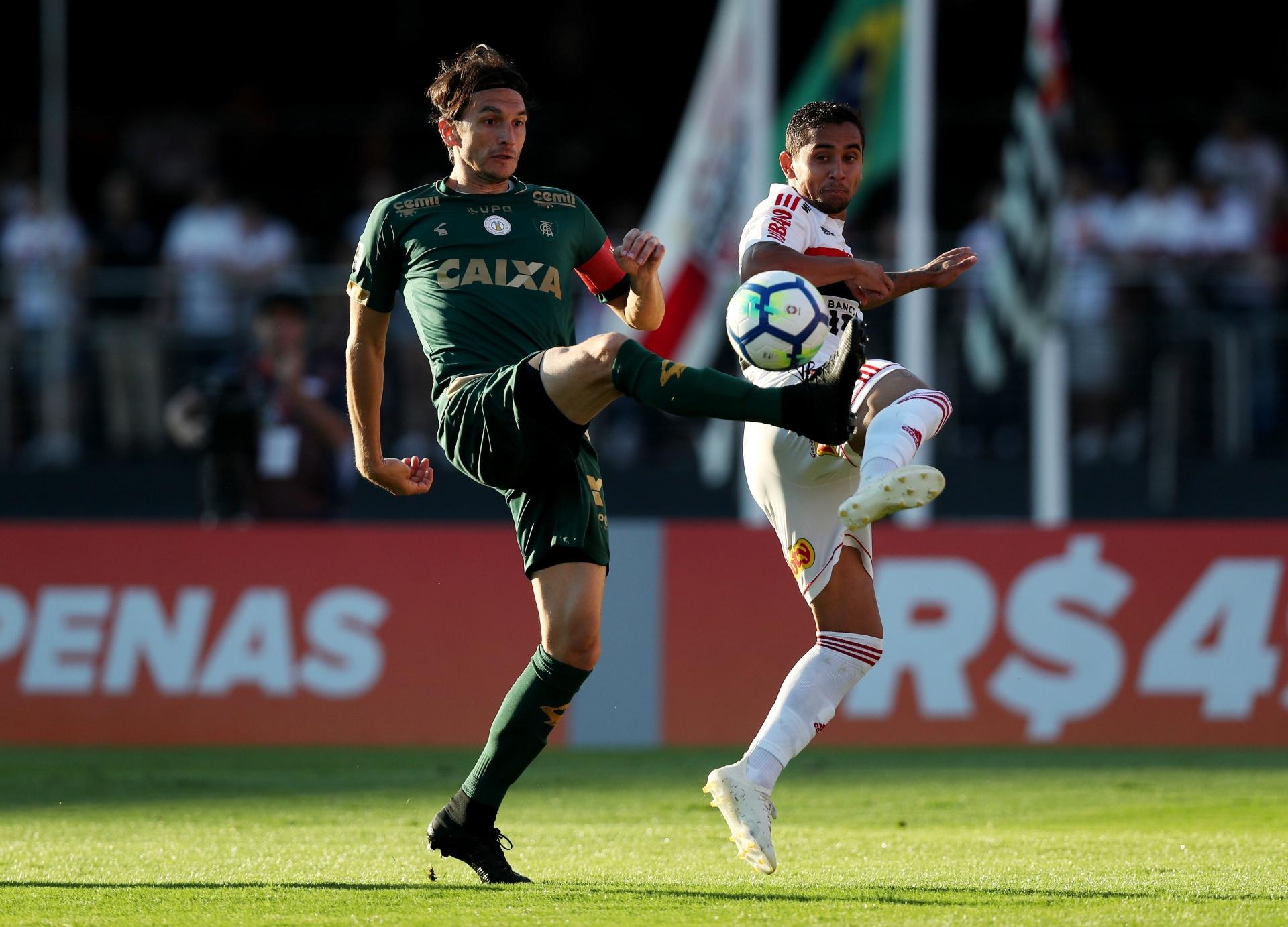 Fluminense fecha contratação de zagueiro Matheus Ferraz por um ano -  28 12 2018 - UOL Esporte c4d115defe8c1