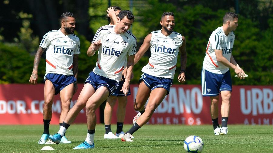 Jogadores do São Paulo ainda não foram liberados para retomar as atividades - Bruno Ulivieri/AGIF