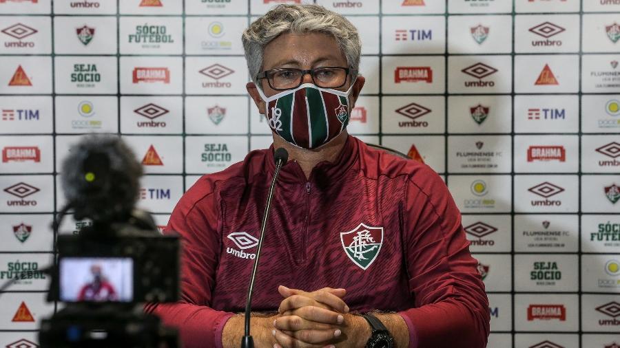 Odair Hellmann destacou que jogo contra o Grêmio foi equilibrado apesar de derrota do Fluminense - Lucas Merçon/Fluminense FC