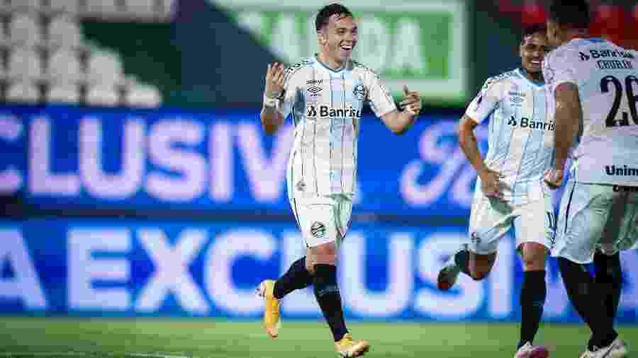 Pepê, atacante do Grêmio, deve ser nosso capitão - Lucas Uebel/Grêmio