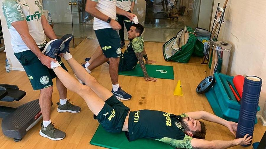 Jogadores do Palmeiras fazem regenerativo na Argentina - Cesar Greco