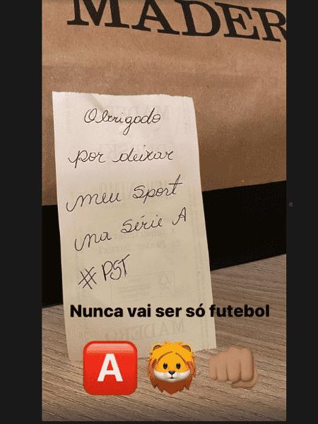 Jair Ventura mostra bilhete que recebeu do torcedor Sport que entregou seu lanche - Reprodução/Instagram - Reprodução/Instagram