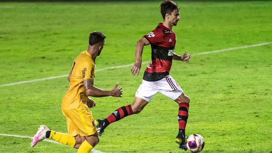 Rodrigo Caio não teve nova lesão constatada - Marcelo Cortes / Flamengo
