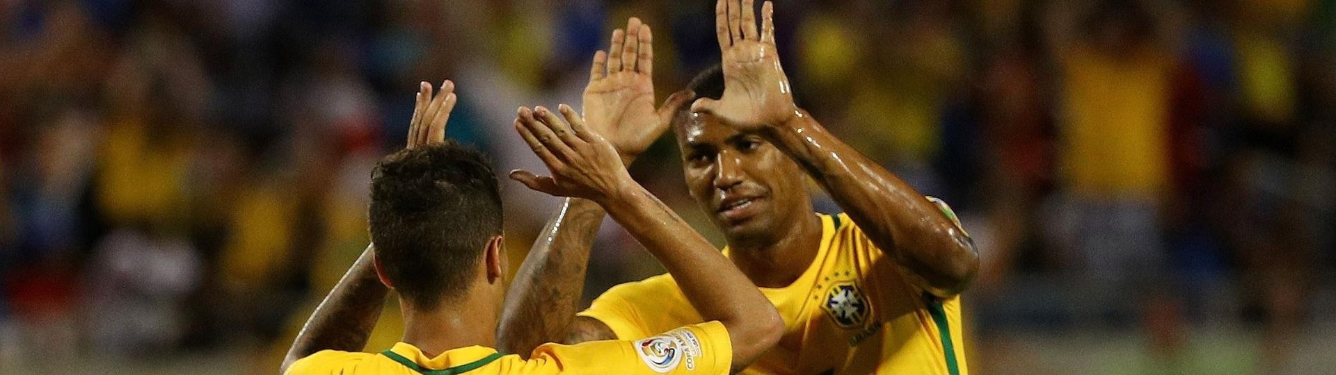 Philippe Coutinho marcou o sétimo gol do Brasil na vitória por 7 a 1 sobre o Haiti