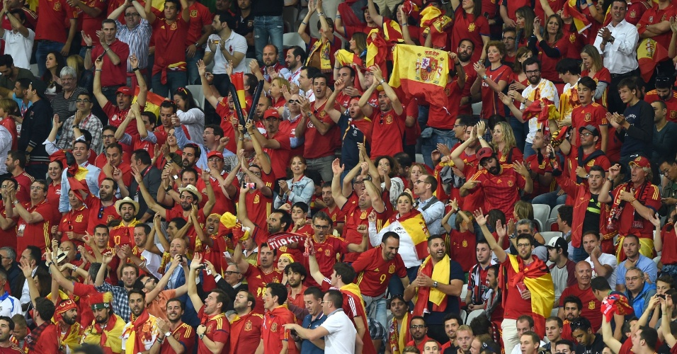 Torcedores da Espanha durante a Eurocopa