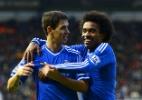 Oscar e Willian perdem espaço e Chelsea fica menos brasileiro