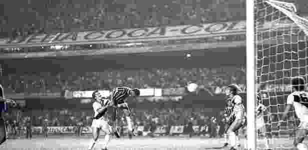 Final do Paulista de 1977 entre Corinthians e Ponte Preta, no Morumbi - Reprodução - Reprodução