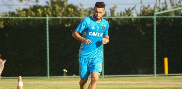 Emprestado pelo Internacional, zagueiro Léo Ortiz já participa de treino do Sport