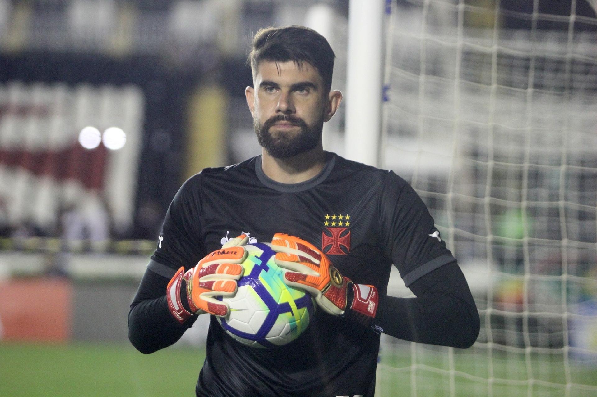 Vasco  destaque do clássico diante do Botafogo 87c2afdc9a822