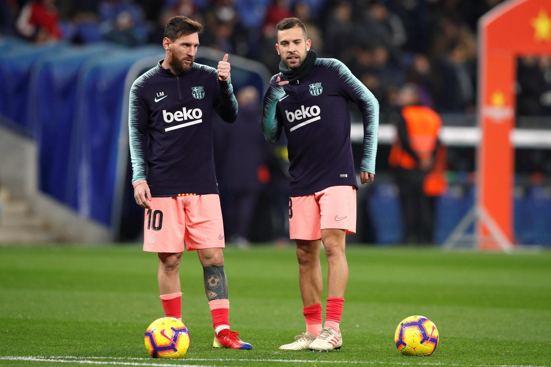 Jordi Alba defende Messi e ataca Bola de Ouro