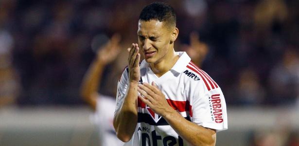 São Paulo será o mandante do duelo com o Guarani na noite desta terça, em Araraquara - Thiago Calil/AGIF